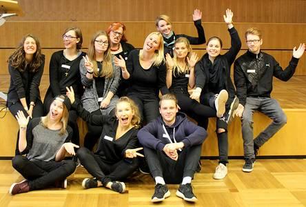 Gruppenfoto der Studierenden und Organisatoren