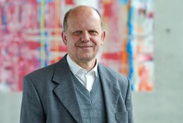Prof. Dr. Joachim Driller