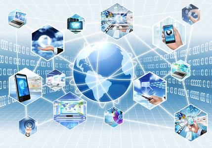 Symbolbild zur digitalen, vernetzten Welt wo alle Geräte intelligent miteinander verbunden sind
