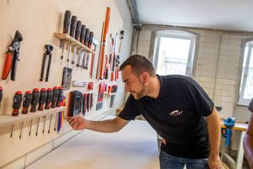 Werkzeuge im Makerspace von CREAPOLIS