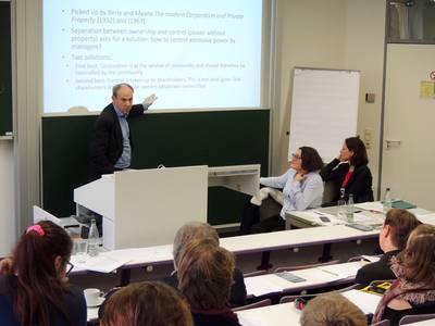 Prof. Dr. Luc van Liedekerke im Gespräch mit dem Publikum