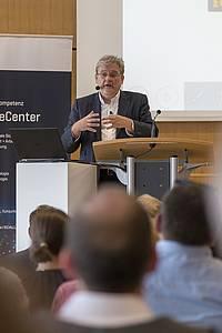 Karl Fischer, Geschäftsführer der HABA-Firmenfamilie