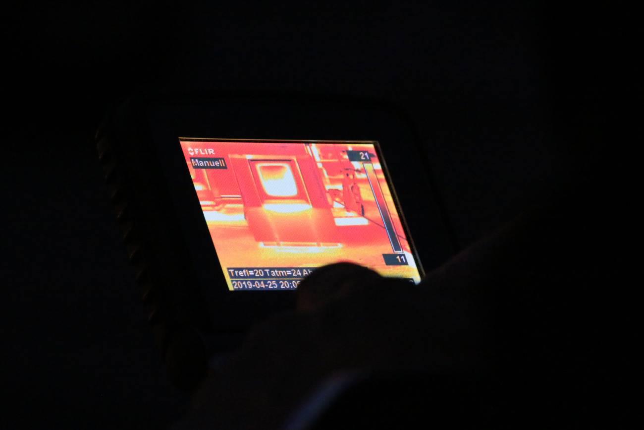 Aufnahme eines der Modelle mit der Wärmebildkamera