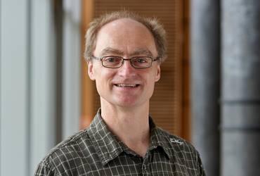 Prof. Oliver Engel