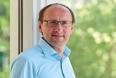 Prof. Dr. Lutz Schneider