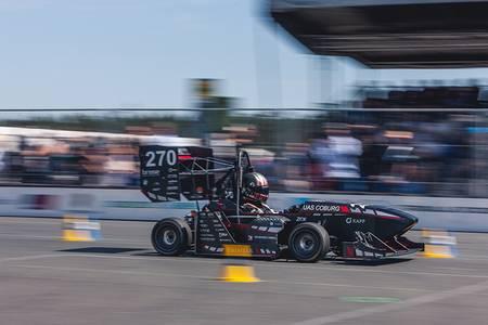 Rennwagen von CAT Racing