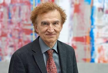 Prof. Reinhard Menius