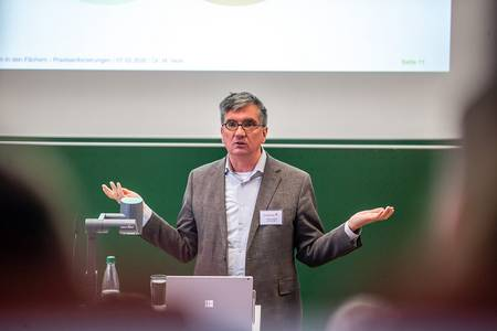 Dr. Markus Nickl