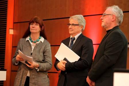Verleihung der Ehrenmedaille an Prof. Dr. Gabriele Franger-Huhle und Prof. Dr. Helmut Pauls