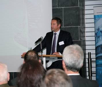 Jürgen Otto, Vorsitzender der Geschäftsführung der Brose Fahrzeugtechnik GmbH & Co. KG stellte sein Unternehmen vor.