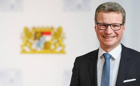 Staatsminister Bernd Sibler