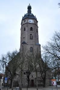 Jacobikirche in Sangershausen. Der Turm neigt sich fast einen Meter zur Seite.