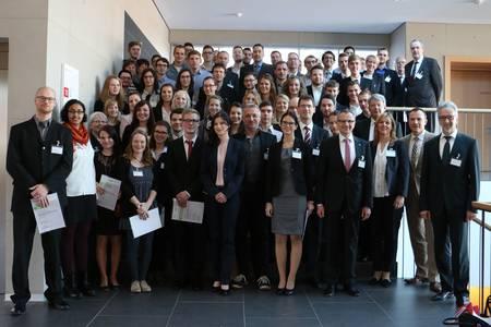 Stipendiaten und Förderer des Deutschlandstipendiums 2016