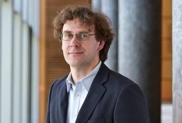Dr. Olaf Schröder