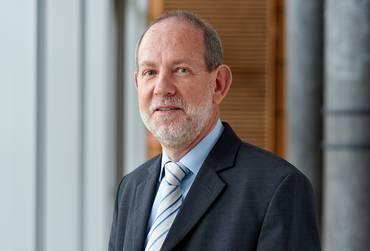 Prof. Dr. Hartmut Gnuschke
