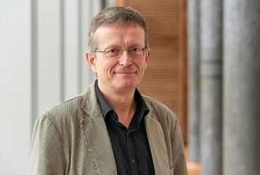 Prof. Dr. Olaf Huth