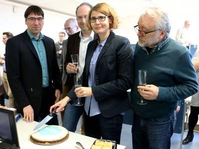 Teilnehmer bei der Eröffnung des Instituts für Bioanalytik