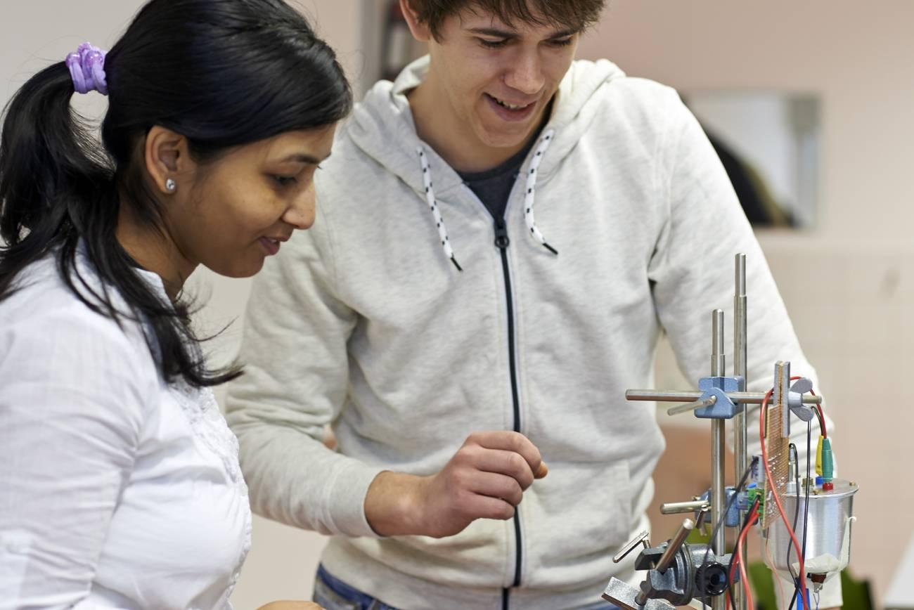 Studenten im Labor