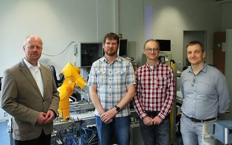 Prof. Matthias Mörz, Matthias Pöhler, Prof. Oliver Engel und Prof. Bernd Hüttl